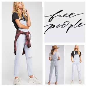 🆕Free People Levi's Mom Overalls.  NWOT.